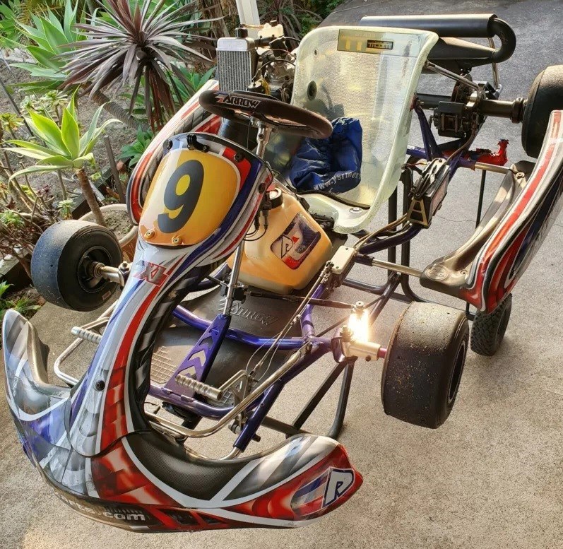 Arrow X1E with Rotax Max 125cc Engine